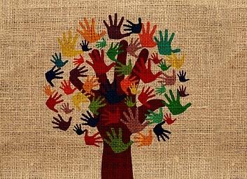 boom met geverfde handen